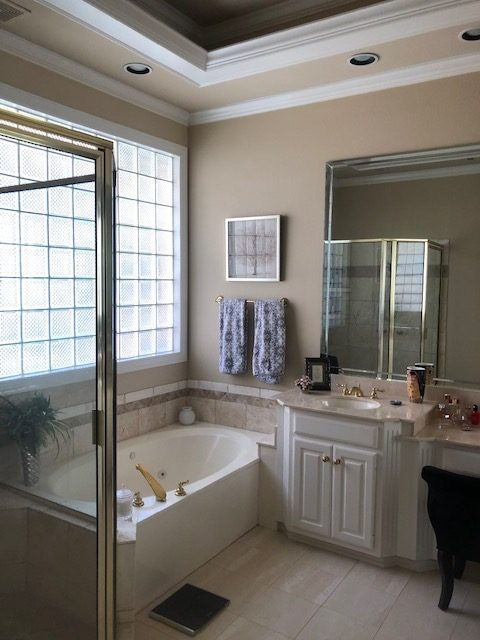 Interior house painter in Rowlett, Texas
